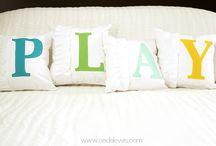 Pillow Love / by Katie Jasiewicz