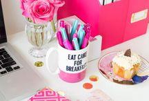 Desk + Office Inspiration / Cloffice vibes