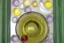 """Dalle D Verre """"Bottoms Up"""" Upcylcing Stain Glass Feel / Dalle D Verre """"Bottoms Up"""" Upcylcing Stain Glass Feel Cut off bottle bottoms n used picture frames, marbles, nuggets etc Hang in window, also awesome for out door art too"""