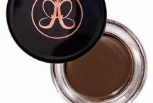 My Favourite Brow Product - Anastasia Beverley Hills Dipbrow Pomade