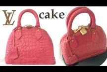 Woman's cakes