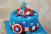 Superheroes cakes - Gâteau Super Héros / At The French Cake Company, we just love superheroes cakes, cupcakes and everything related to superheroes! Chez The French Cake Company, on adore les Super héros, Marvel et donc forcément on adore les gâteaux Super Héros!