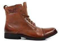 Levi`s Footwear