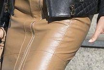 Leather skirt, jupe en cuir / Leather skirt