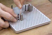 Bord om krullen te maken met wire / Bord om draadfig. Te maken