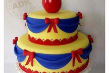 snow white cakes