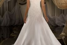 2014 Fashion Wedding Dresses / by Lucky Dresses