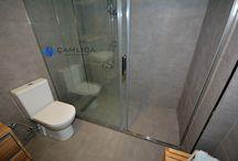 Modern Banyo Tasarımı / En son panyo planları ve modern banyo tasarımı cam duşakabin çözümleri ve ahşap duş ızgarası modelleri