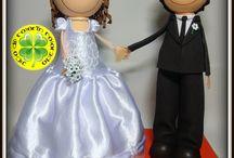 Novios 25 Aniversario de Boda / En esta ocasión os mostramos unos fofuchos que realizamos con motivo de un regalo de 25 aniversario de boda. Los fofuchos llevan los trajes originales que llevaban los protagonistas el día de su boda, el de la novia es hecho con tela. ¡Esperamos que les haya gustado!