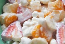 Yummy deserts / by Rhonda Lura