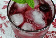 Drinks / by Starla Padgett