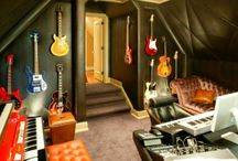 Music Rooms / A collection of music rooms and studios for remodeling and interior design ideas.