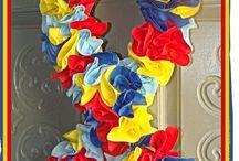 Wreaths / by Amy Landuyt