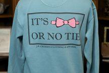 Tshirt Obsession / by Charity Jackson ♔