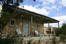 Stone cottage / Stone cottage