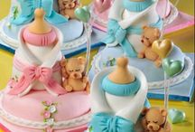 cakes/decorated cakes / by Mary Tufnell