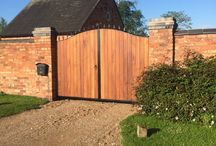 Modern Gates / Introducing our range of modern inspired gate designs. Combining the natural beauty of timber set within deep metal frames.