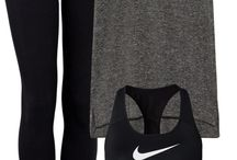 Sporty dark outfit