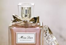 Fragrances / A woman's perfume tells more about her than her handwriting