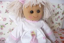 Ellie Carlisle Gifts - Girls Christening Gifts / Christening Presents and Keepsake Gifts for a Baby Girl