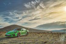 Porsche 911 GT3 RS en la Isla de Man / La Isla de Man es testigo de un reencuentro de grandes leyendas, entre las que se encuentra el impresionante Porsche 911 GT3 RS.