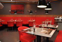 Un endroit pas comme les autres / Un atelier de boucherie transformé en restaurant et à l'avant une boucherie. Finalement, qui mieux que votre boucher peut vous conseiller en viande?
