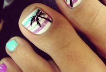 Holiday nails n toes