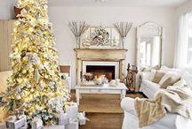 Białe Święta / Białe świąteczne dekoracje tworzące przytulny nastrój.