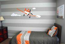 Kids orange room