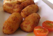 A LA CUINA! / Receptes (no dolçes) senzilles de realitzar.  / by Aina