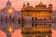 The Splendors of India- Itinerary / The splendors of India lay in the ancient culture imbued with royal traditions. From the plains to the rugged Himalayas, India is one of the world's greatest travel destinations.