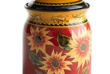 Cookie Jars an Cannisters / by Sarah McNeal