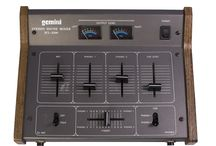 Old School Scratch DJ Mixers & Gear / Ols school 2 channel (or more..) scratch DJ mixers - Turntablism