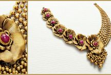 Details in Gold / Contemporary jewellery designs inspired by the seven vows!