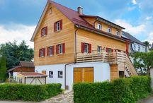 WEISS Holzhaus / Ökologie und Architektur – ein Widerspruch? Keineswegs! Eher eine perfekte Symbiose aus Individualität und Nachhaltigkeit! WEISS Holzhaus ist eine Produktlinie von Fertighaus WEISS