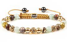 Karma / Brazaletes y pendientes Karma, la firma holandesa que se inspira en la mitología budista e india, con la combinación de cristales y piedras naturales.