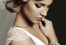 Wedding Veils Inspiration / by Little Pink Book Wedding Planner ♥