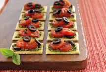 healthy snacks / by Belinda Mccain