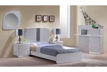 Kids / The Choice Custom Home offers the queen size beds and solid bunk beds for your kids. We also provide children bedroom solutions with bridge structure and have huge storage capacity in minimum space. https://choicecustomhome.com/catalog/kids