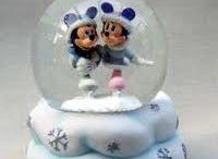 snow globes i like