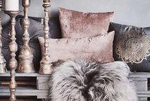 Velvet Decor / Incredible velvet interiors are indicators of good taste, richness and sophistication, get all your velvet inspiration here.
