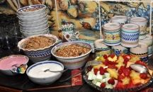 Creative Comida / You can't go wrong with our Mexican breakfast or recipes! / by Casa Estrella de la Valenciana