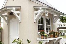 Overhang Windows