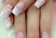 pindose las uñas