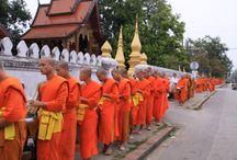 Laos 1^, il Nord / visita di città ricche di splendidi templi, sino a Luang Prabang, la città religiosa.