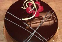 mirror glaze cake & choc cake