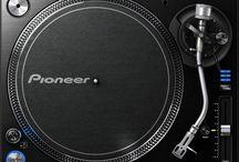 Professional DJ Gear & Lighting DJ Equipment / the sharing experience