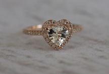 Jewellery / by Nikki Cavell