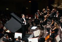 Verona Teatro Filarmonico / Concerto con Coro e Orchestra dell'Arena di Verona, Federico Colli pianoforte, Federico Ferri direttore