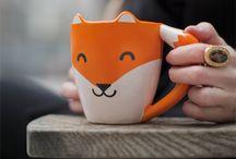 Mugs Insolites / Envie de prendre le café façon insolite ? Vous retrouverez ici nos mugs originaux, nos tasses à café un peu (ou franchement) geek. Source d'inspiration pour vos pauses café :) #mug #cafe #tasse